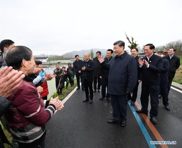 Ông Tập không đeo khẩu trang khi thị sát, Trung Quốc có thể sắp hết dịch
