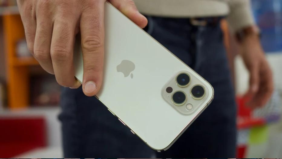 Apple đưa ra cảnh báo nghiêm trọng đối với người dùng iPhone đi xe máy