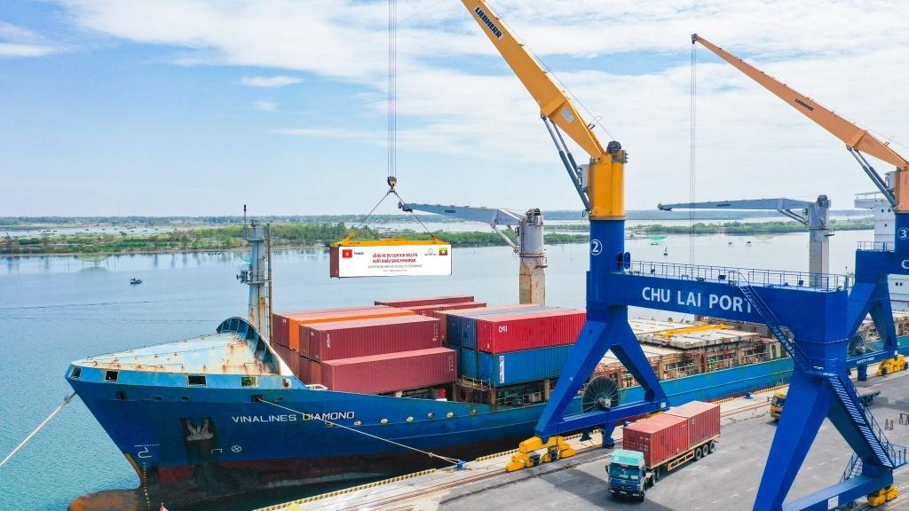 Doanh nghiệp mất khoảng 7,7 triệu đồng chi phí làm thủ tục xuất khẩu